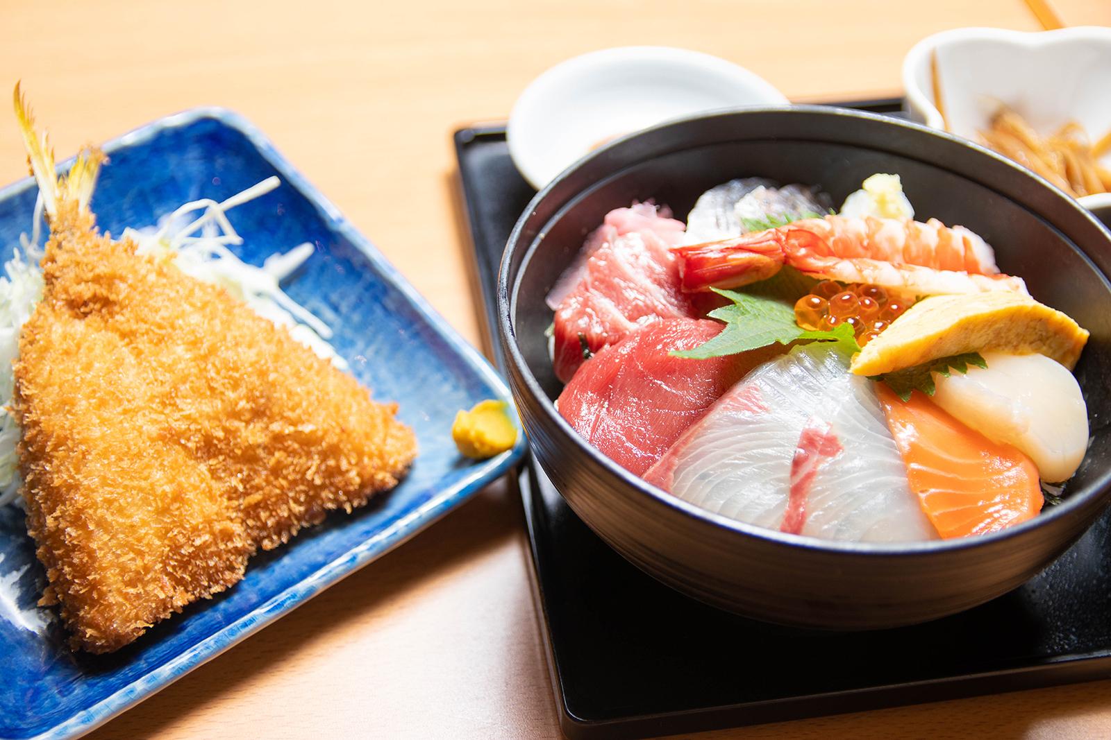 チップ 海鮮丼&アジフライ