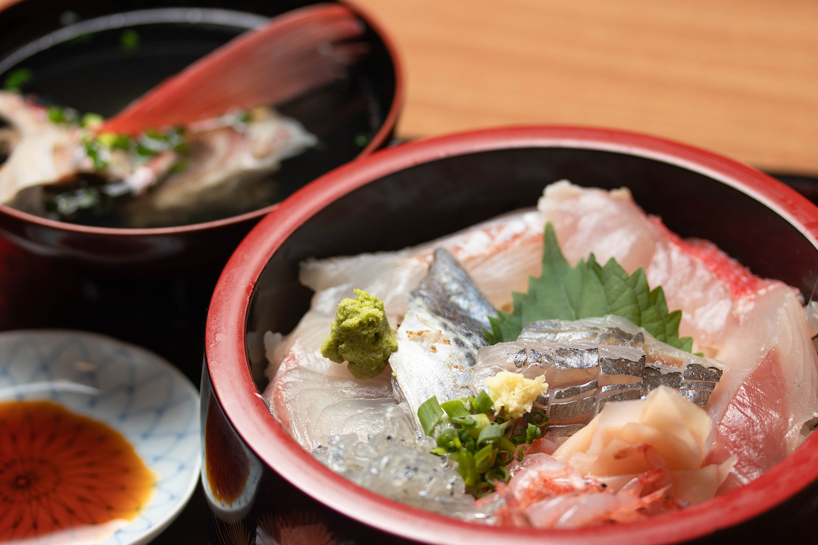 寿司中 海鮮丼