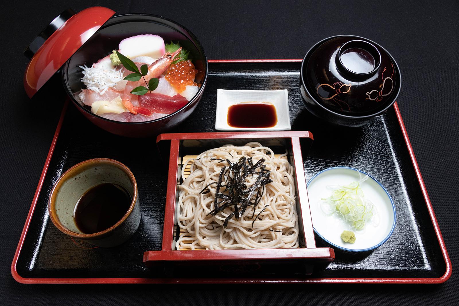 海鮮重 小ざるそばセット¥2,000【税込】